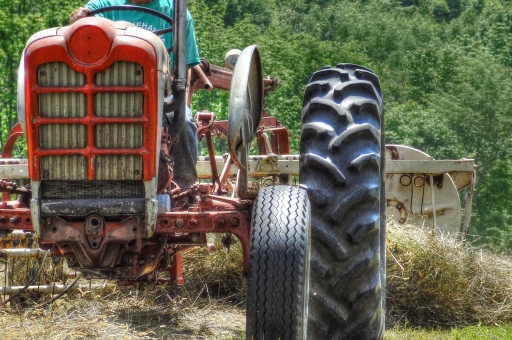 Driving tractors http://wp.me/p1yRFa-1oT